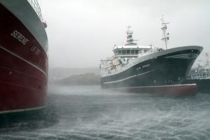 161226-smoking-seas-pelagic-boats-symbister